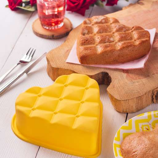 قالب کیک و شیرینی